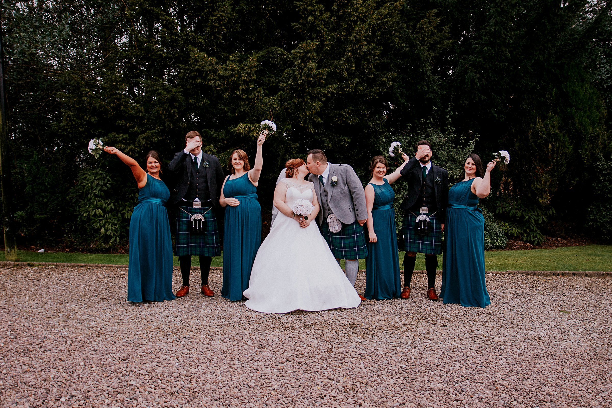 wedding photogapher natural professional affordable photography falkirk